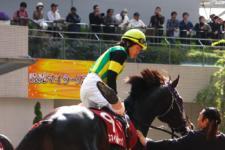 2010読売マイラーズC-3